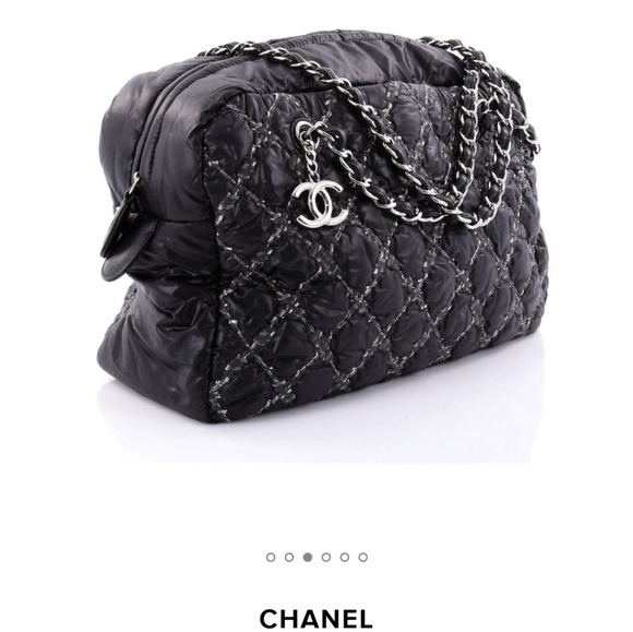526b8d65718f CHANEL Handbags - AUTHENTIC Chanel Quilted Bubble Nylon Stitch Bag